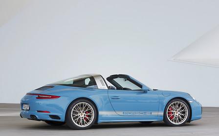 В Киеве засветился Porsche 911 Targa 4S в редком исполнении Exclusive Design Edition