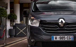 Renault Trafic хочет испортить жизнь VW Multivan