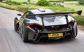 Самый быстрый на районе: McLaren P1 установил абсолютный рекорд Нюрбургринга