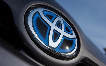 Тойота — самый дорогой автобренд в мире. Тесла — в десятке