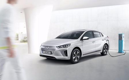 Для электрокаров Hyundai Ioniq не хватает аккумуляторов