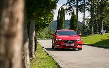 Тест-драйв Opel Insignia: красота не требует жертв