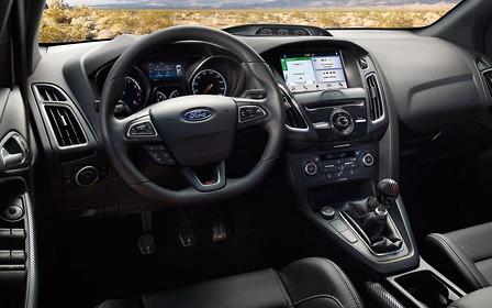 Дожились: Ford будет продавать педали и руль в качестве опции