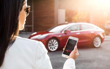 Инопланетяне: Tesla создаст облачные профили для любителей делиться авто