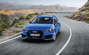 Видео: Новый Audi RS4 не стал мощнее, но прибавил в динамике
