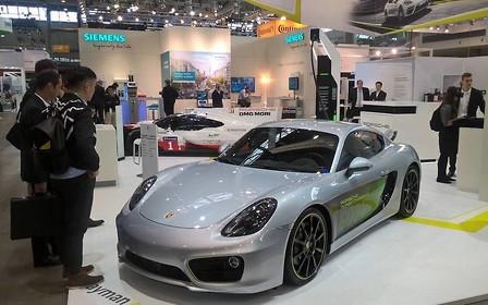 3,3 секунды до «сотни»: Porsche показала электрический Cayman