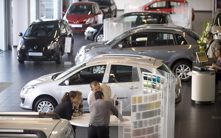 Европейский рынок новых авто теряет ход. Кто виноват?