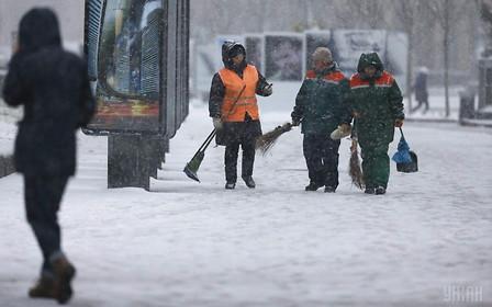 Киевская городская власть готова встретить снегопады. Но вам не советует