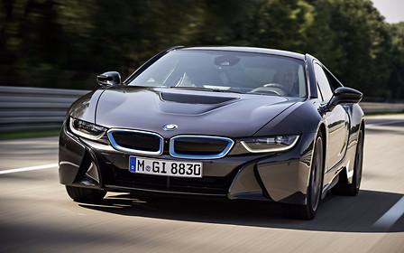 Гибриды с «огоньком»: в BMW начались тесты гибридов М-линейки