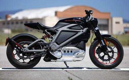 Электрический байк Harley-Davidson будет готов в следующем году