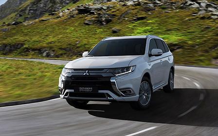 Что покажут в Женеве: гибридный Mitsubishi Outlander обновился