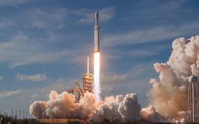 Falcon Heavy и Tesla в космосе