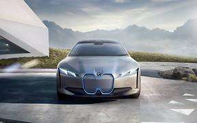 Новый BMW i4. Каким он будет?