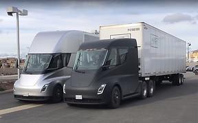 Видео: электрический тягач Tesla Semi вышел на маршрут. С подзарядкой