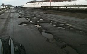 Дорогу Киев — Одесса обещают починить к 1 мая