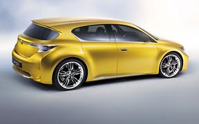 В Lexus намерены построить конкурента Tesla Model 3