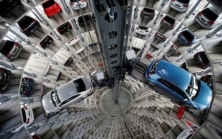 Рынок новых авто в Европе просел впервые за 6 лет. Где утечка?