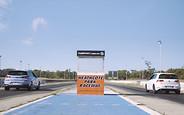 Видео: горячий Hyundai i30 N сразился с Volkswagen Golf GTI. Кто кого?