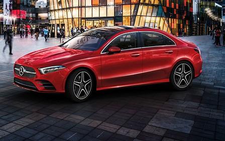Седан Mercedes-Benz A-Class L представили в Китае