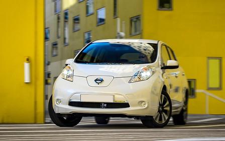 Наигрались? Импорт электромобилей в Украину уменьшился