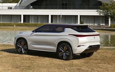 «Аутлендер» нового поколения построят на базе Nissan X-Trail