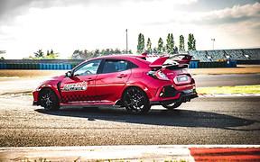 Honda Civic Type R установил новый рекорд скорости