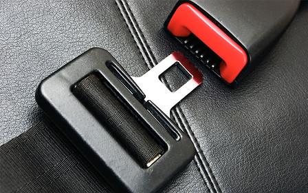 Штраф за непристегнутый ремень безопасности предлагают повысить до 850 грн.