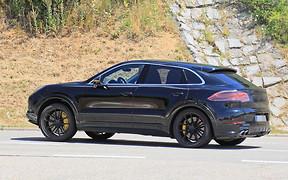 Купе Porsche Cayenne сфотографировали без камуфляжа