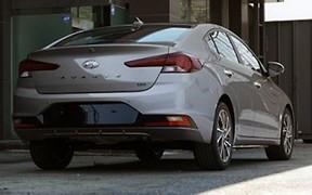 В Сети появились свежие фотографии обновленного Hyundai Elantra
