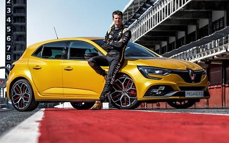 Megane R.S. для дорослих: Renault показала «прокачаний» Trophy