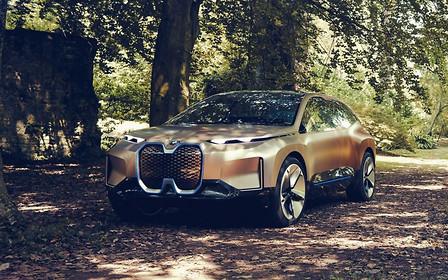 Самый большой электрокроссовер BMW показали в виде необычного концепта