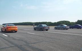 Битва поколений: BMW M3 разных годов сразились в гонке. ВИДЕО