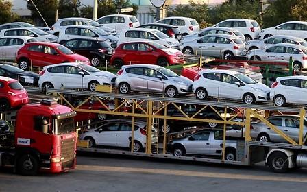 За семь месяцев в Украину импортировали машин на $1,2 млрд.