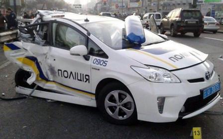 «Приусы» патрульной полиции починят за 4 млн грн
