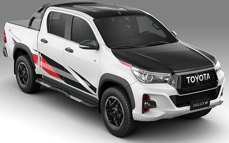 Gazoo в бразильском лесу. Toyota представила пикап Hilux GR Sport