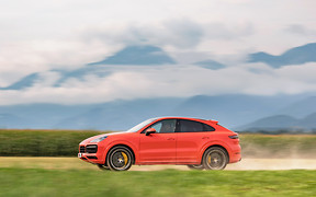 Тест-драйв Porsche Cayenne Coupe. Blitzkrieg, baby!