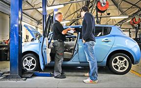 Нужна ли «особая» проверка для электромобилей? ОПРОС