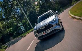 Тест-драйв Toyota Highlander: Квартирне питання