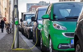 Интерес к электромобилям угасает. Что покупали в августе?
