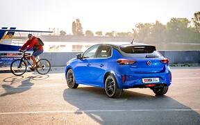 Тест-драйв Opel Corsa: Схватывает на лету