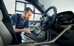 Вже в Україні: ще 3роки заводської гарантії на всі автомобілі Porsche