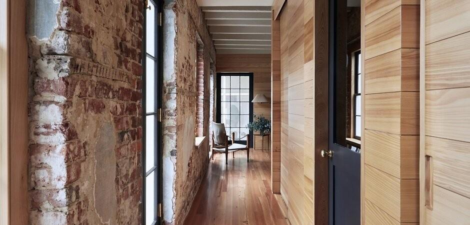преимущества кирпично-деревянных стен