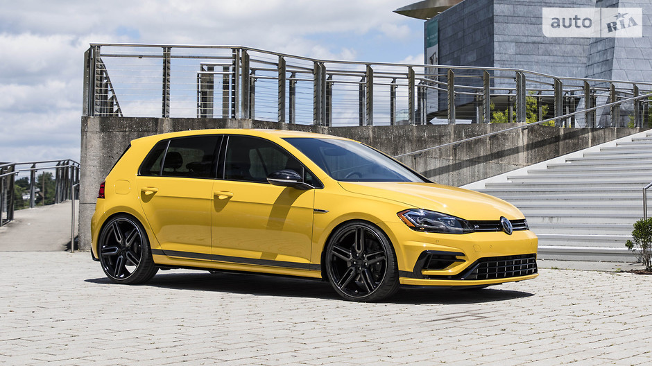 VolkswagenGolf R Spektrum
