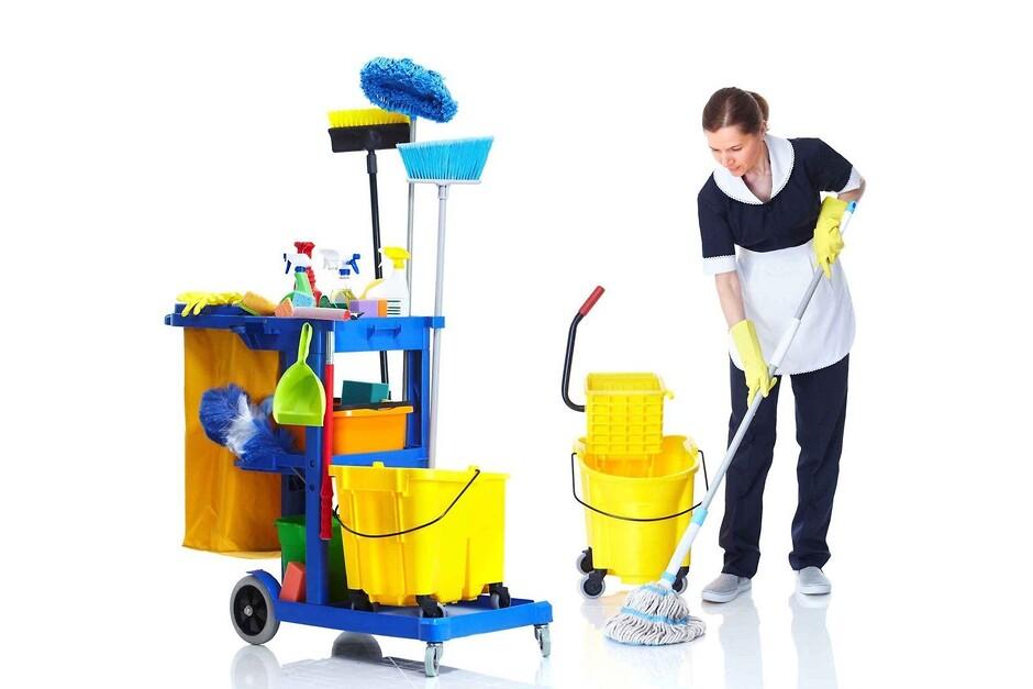 Сколько стоит профессиональная генеральная уборка и почему это лучше, чем приглашение человека по объявлению
