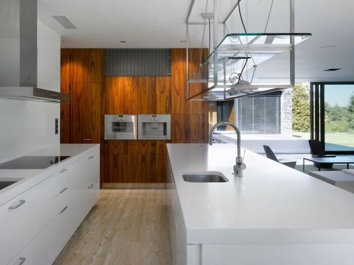 Отделка из дерева на кухне фото