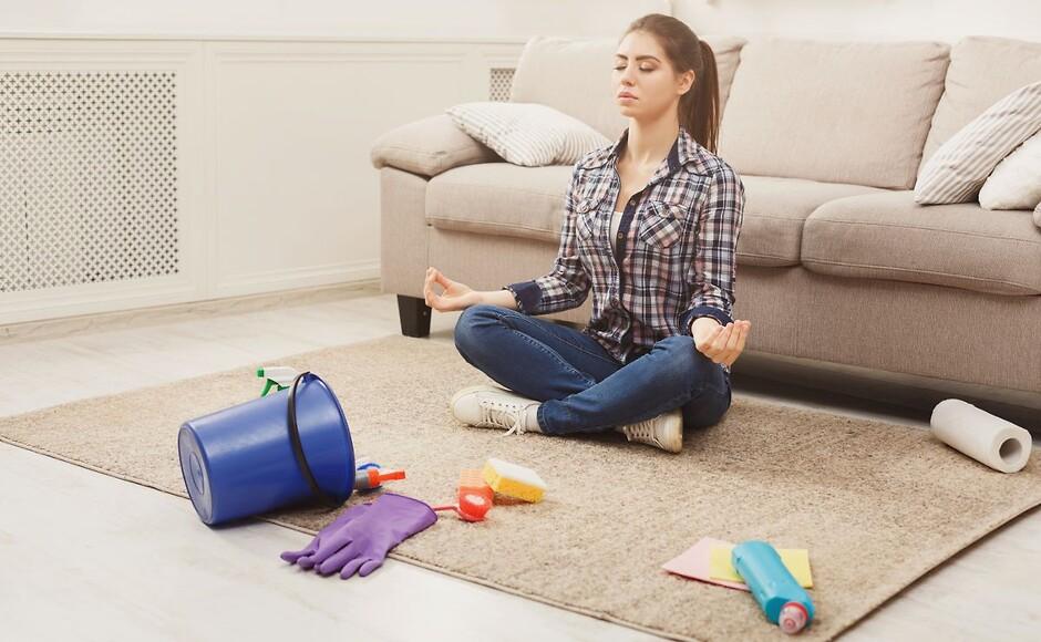 Меблі та прибирання