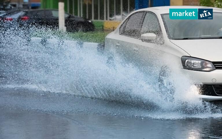 Езда по мокрому асфальту
