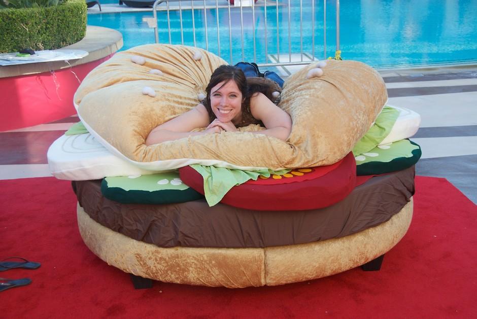 Ліжко у вигляді бургера
