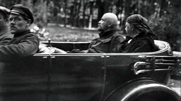 Ленин и Роллс Ройс