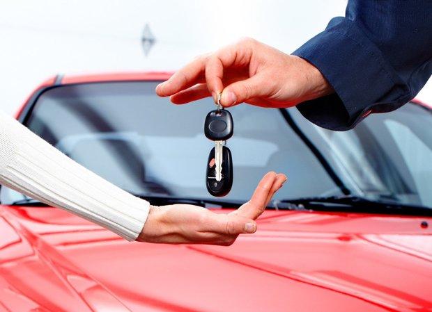 Можно ли продать авто которое в залоге у банка кредит под залог птс выезд